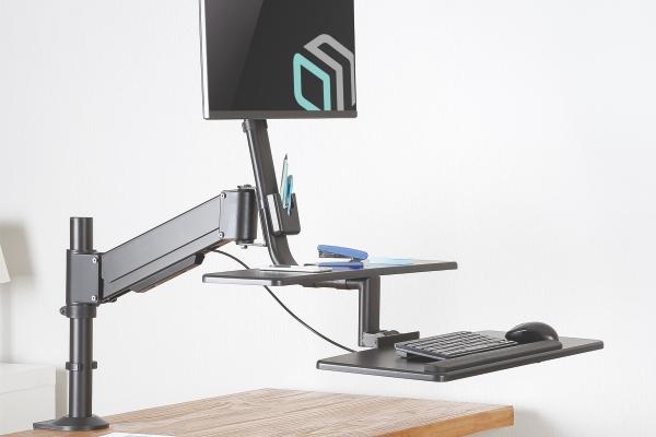 Подставка не только для монитора, но и для клавиатуры