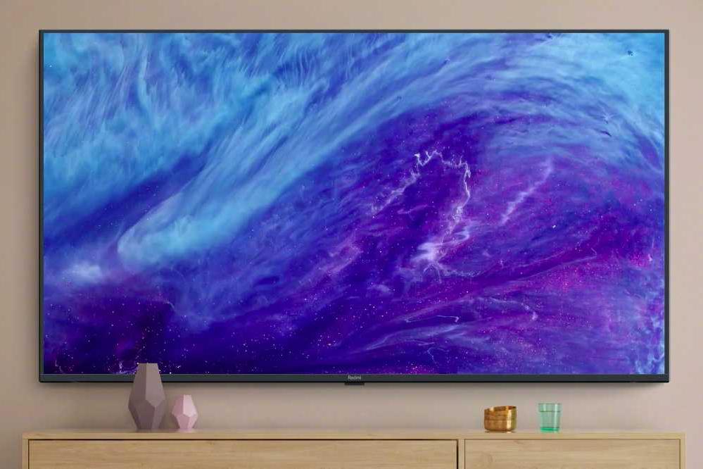 Компания Xiaomi выпустила на рынок первый телевизор под брендом Redmi