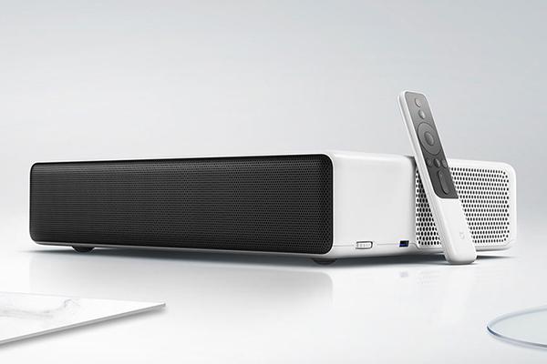 Xiaomi объявила о старте продаж нового мультимедиа-проектора