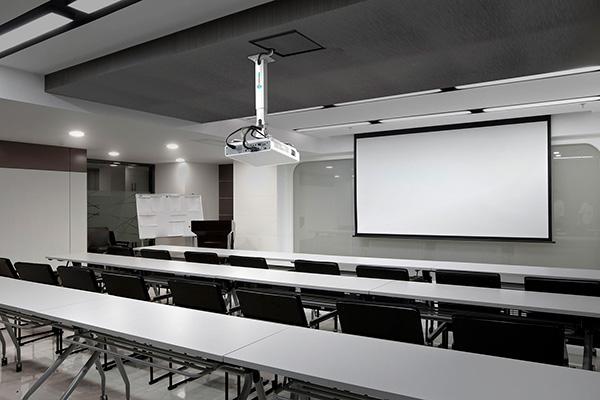 Новая линейка кронштейнов для проекторов